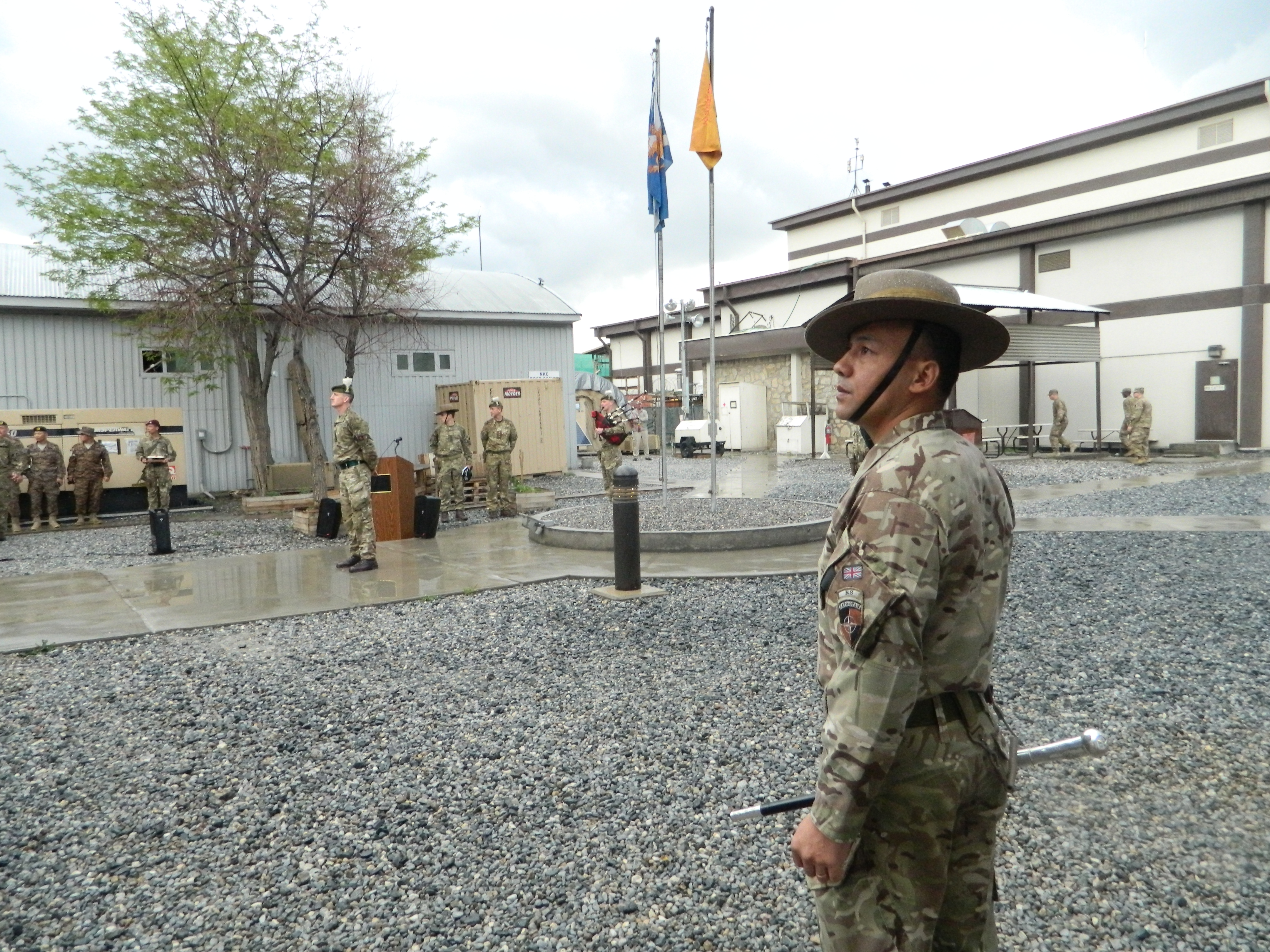 RSM_watches_as_typical_British_weather_greets_the_newcomers_in_Kabul (1)