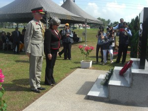 British High Commissioner, Vicki Treadell CMG MVO, and the British Defence Attaché, Col Stephen Hall having laid their wreaths at Tambun Road, Ipoh