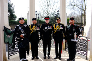 Brigade representatives at the Memorial Gates