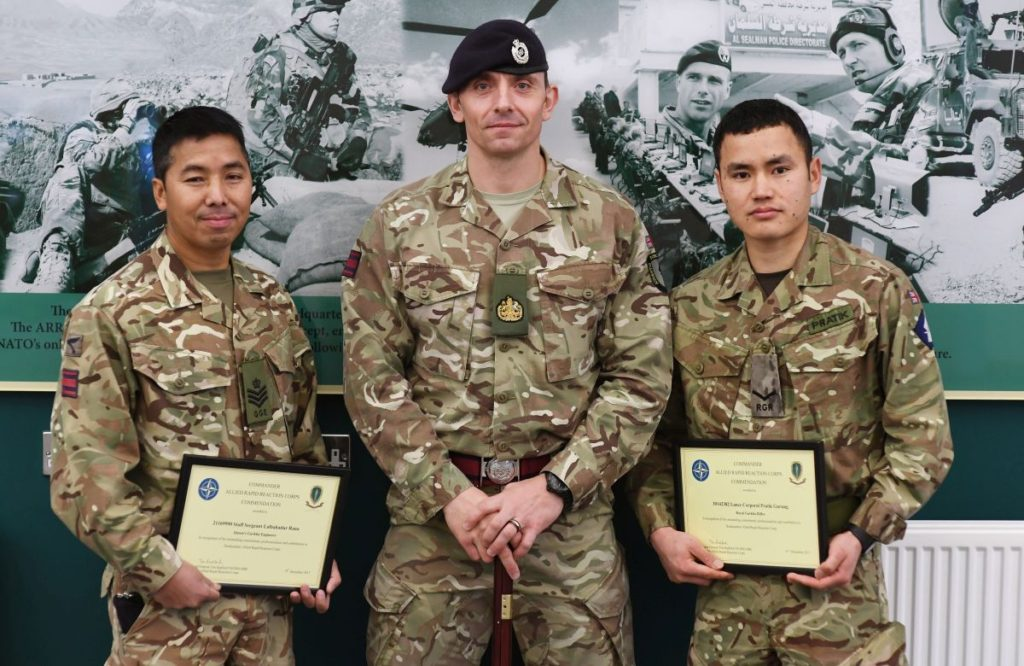COMARRC, Lieutenant General Tim Radford presents commendations to officers and soldiers of Imjin Barracks, Gloucester. Photographer: (Crown Copyright / Warrant Officer Class 2 Tom Robinson GBR Army / Released)