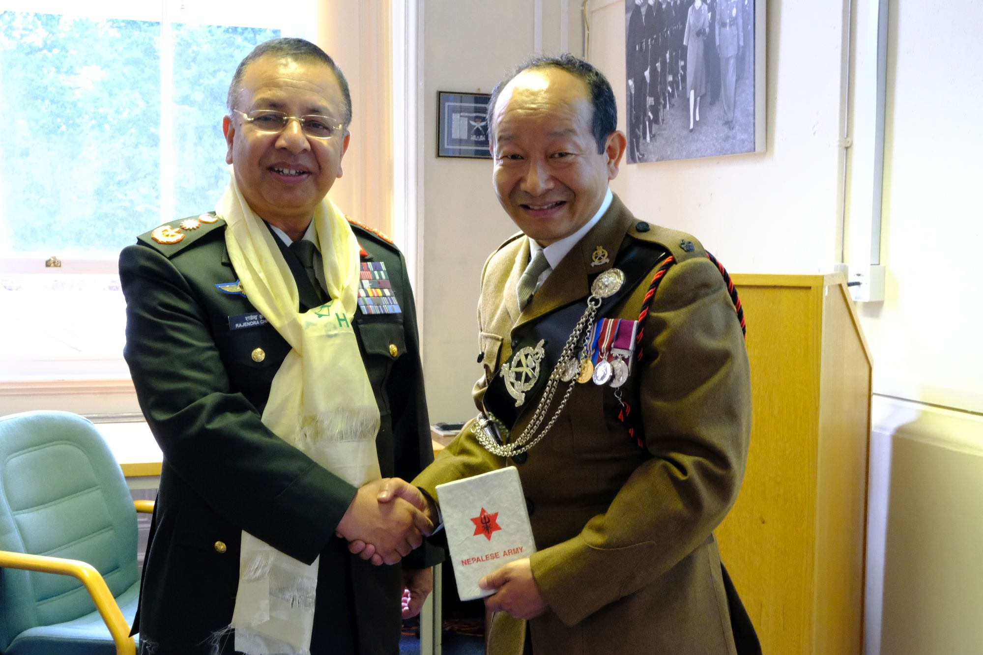 Gen Chhetri COAS Nepal Army visit to HQBG 001