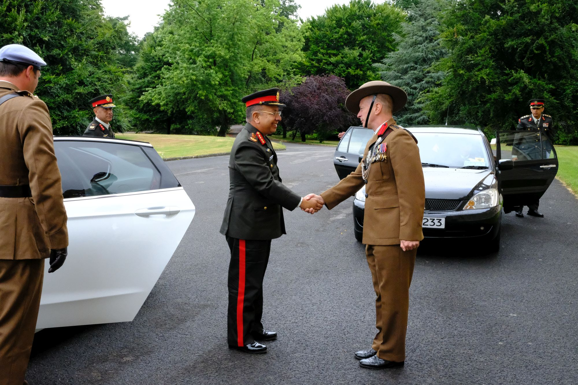 Gen Chhetri COAS Nepal Army visit to HQBG 002